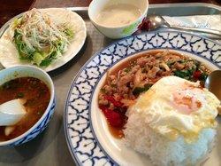 タイ王国料理クンメー1
