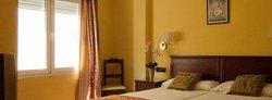 馬拉加卡洛斯五世飯店