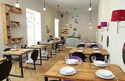 Korek Resto Bar