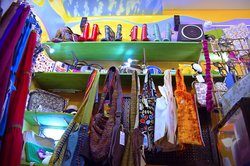 Free Flow: shop of Wonder Things. Funky clothes and accessories.