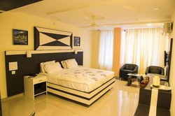 Hotel Green Park Suites Manipal