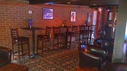 MJ's Pizza Bar & Grill
