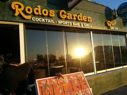Rodos Garden Pub-Restaurant
