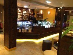 Amraj Cafe & Grill