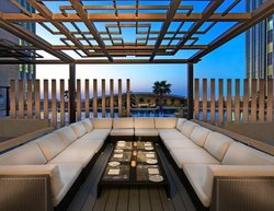 Chill'o Pool Bar