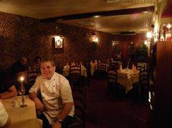 Roman's Den Restaurant
