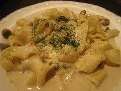 Italian Cuisine Capricciosa Hakata Deitos