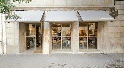 Van Gogh Café