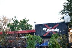 La Revolucion Taqueria y Cantina