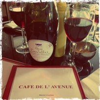 Cafe De L'Avenue