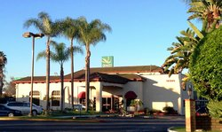 Artesia Inn & Suites