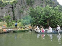 Tam Coc Tours - Ninh Binh Day Trips
