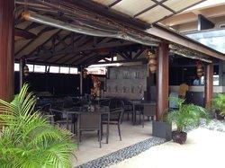 barLO Resto Lounge