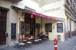 Klauzal Cafe