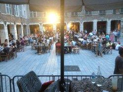 Le Cafe du Passage