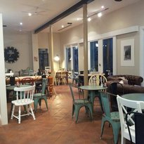 @Milkandhoney Cafe