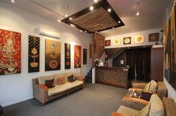 SaraDar Thai Massage & Art Gallery