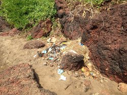 A lot if surrounding rubbish really spoils the beach