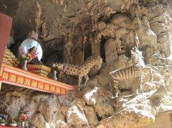 Htam Sam Cave