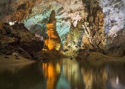 Phong Nha Cave (87708092)