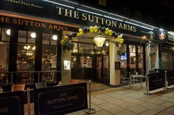 ‪The Sutton Arms‬