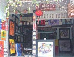 Tuan Gallery