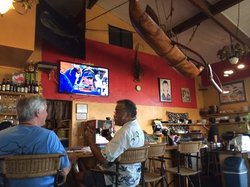 Wow Wee Maui Kava Bar & Grill