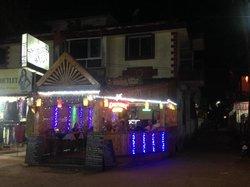 Shining Star Restaurant and Bar