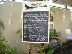 Roots Est Cafe
