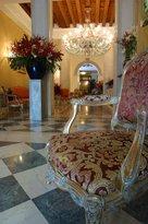 波斯克羅貝里尼酒店