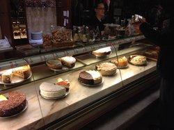 Konig Cafe & Konditorei
