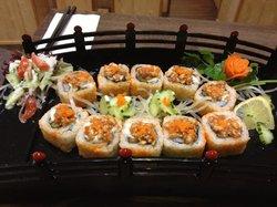 Zakura Noodle & Sushi
