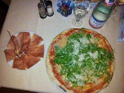 Pizzeria Agora