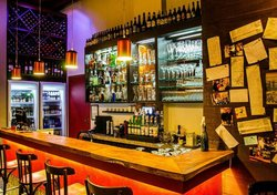 Fabricio Bar + Restaurante
