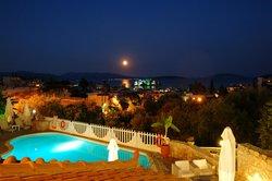 Hotel & Apartments Viaros