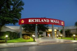 ‪Richland Mall‬