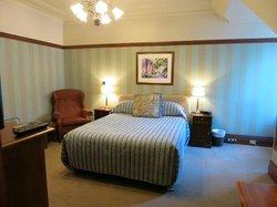 宿泊した部屋。ベッドは柔らかめ