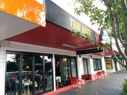 Thai Hutt Restaurant Cafe & Restaurant