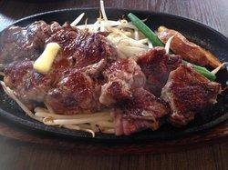 1 POUND Steak & Hamburg Takeru Nishi-nakajima
