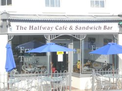 Halfway Cafe and Sandwich bar