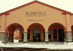 ‪Romolo Chocolates‬