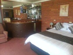 Waterloo Inn Hotel