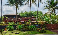 Bali House and Bali Cottage at Kehena Beach Hawaii