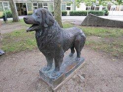 Leonberg Dog Statue