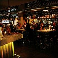 Amadora Trattoria & Bar