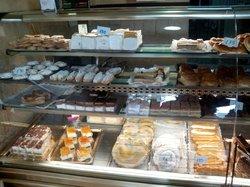 Panaderia y Confiteria Del Villar