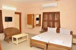 Hotel Jaisantham