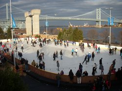 ‪Blue Cross RiverRink‬