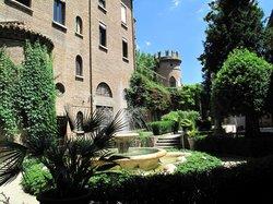 Cripta Rasponi e Giardini Pensili