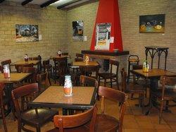 Cafe Mira